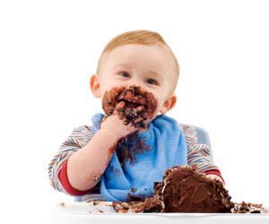 Jak usunąć plamy z czekolady