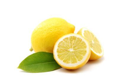Jak zrobić wzmacniający sok z cytryny i pietruszki