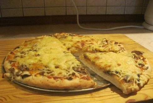 Jak zrobić pizzę w domu