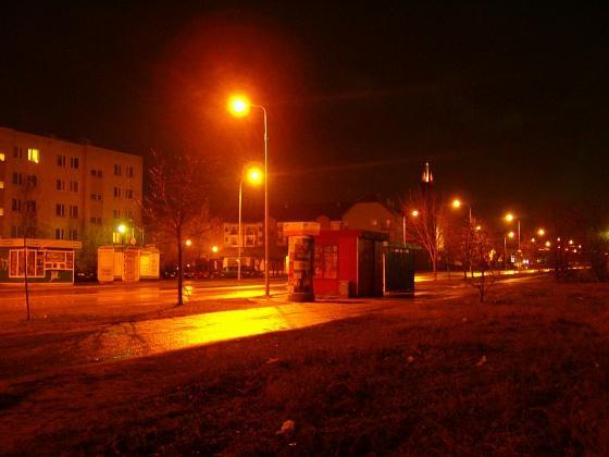 Jak zrobić dobrą fotografię w nocy