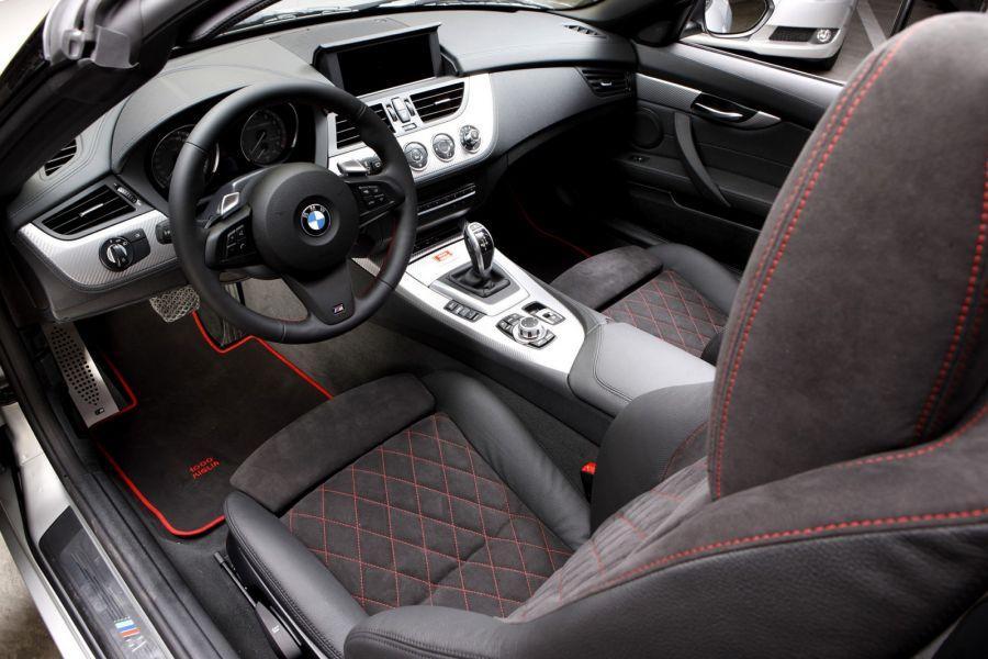 Jak wyczyścić tapicerkę w samochodzie