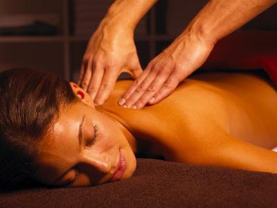 Jak kobiecie zrobić erotyczny masaż