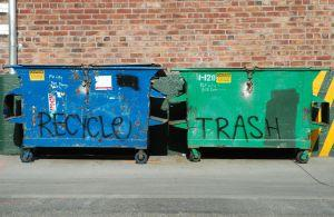 Jak bezpiecznie segregować śmieci?