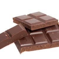 Jak usunąć plamy po czekoladzie