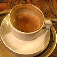 Jak usunąć osad z kawy i herbaty