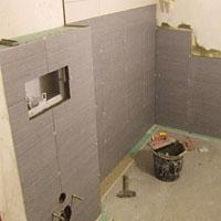 Jak przygotować ściany pod kafelkowanie