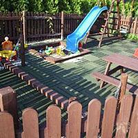 Jak zabawić dziecko w ogrodzie