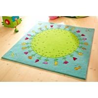 Jak przywrócić dywanowi żywe kolory